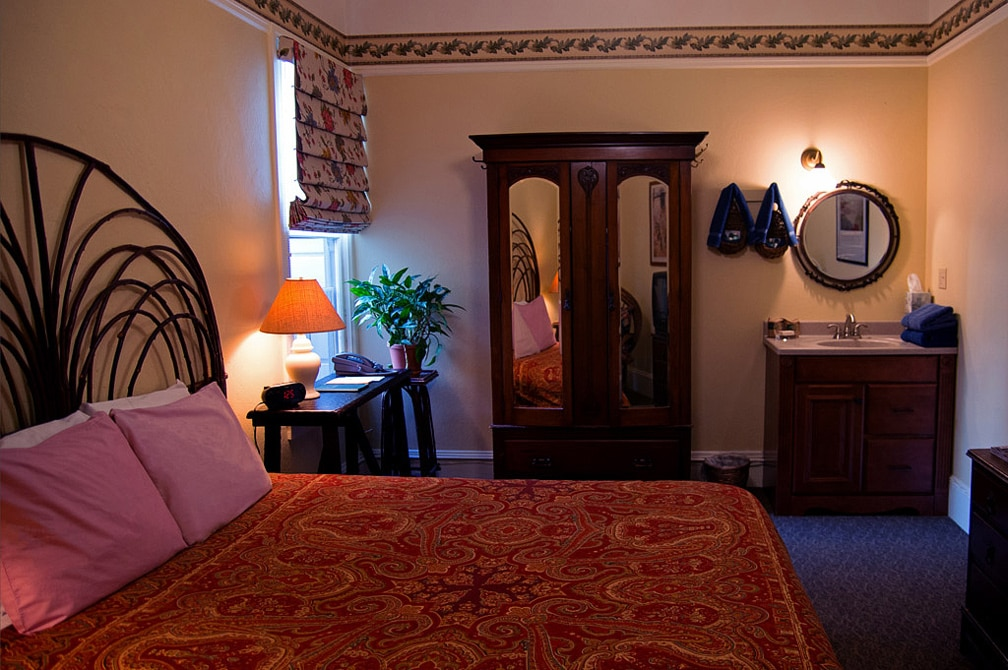 A Large Room With Queen Bed, Off The Street, At San Francisco Bed And Breakfast, The Willows Inn